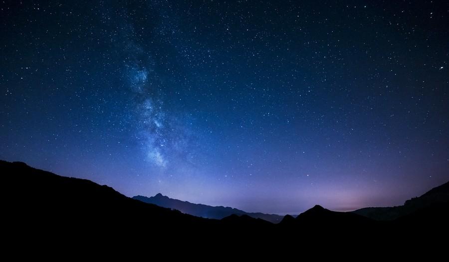 Ночное небо на широкоугольный объектив
