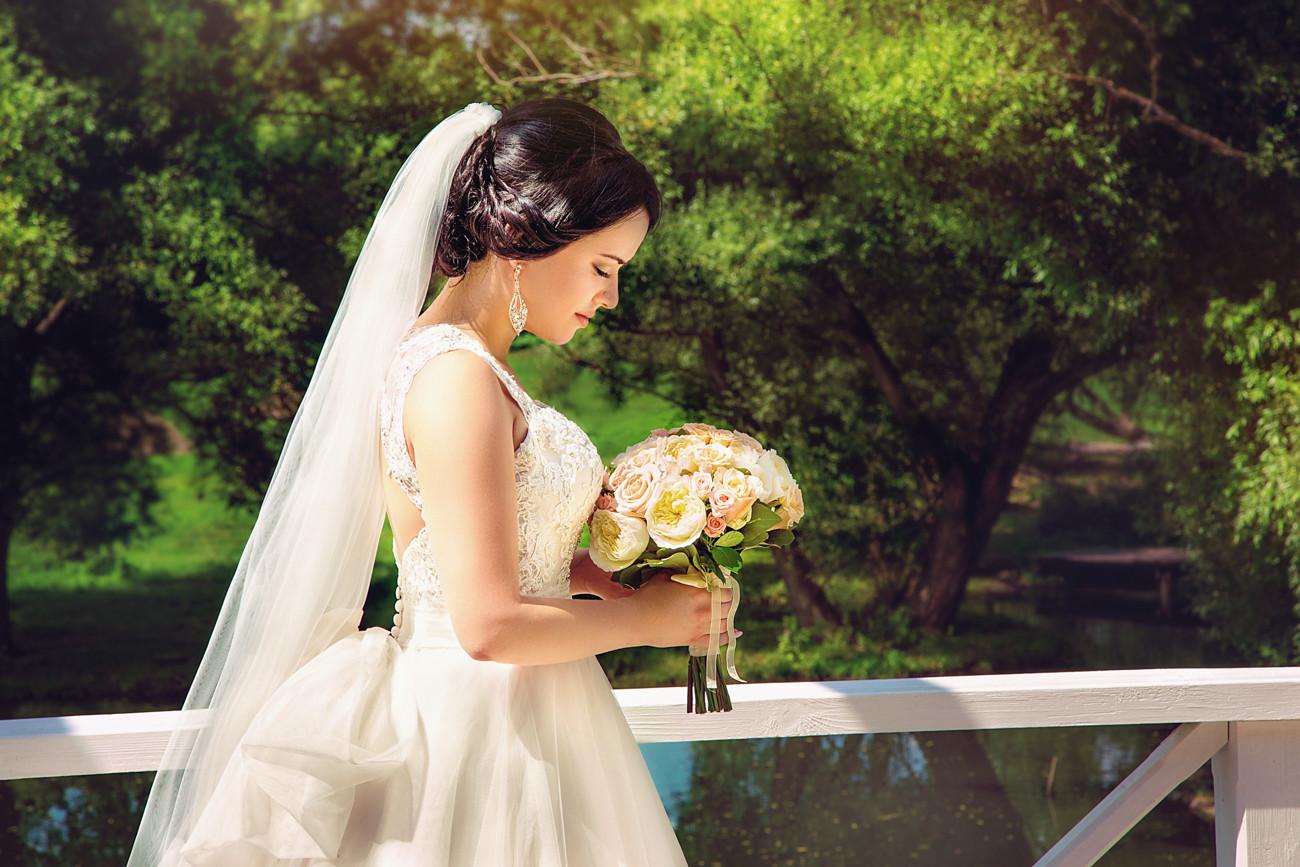 Художественная ретушь свадебного фото на заказ пример